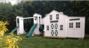 Country style playhouse with accessories